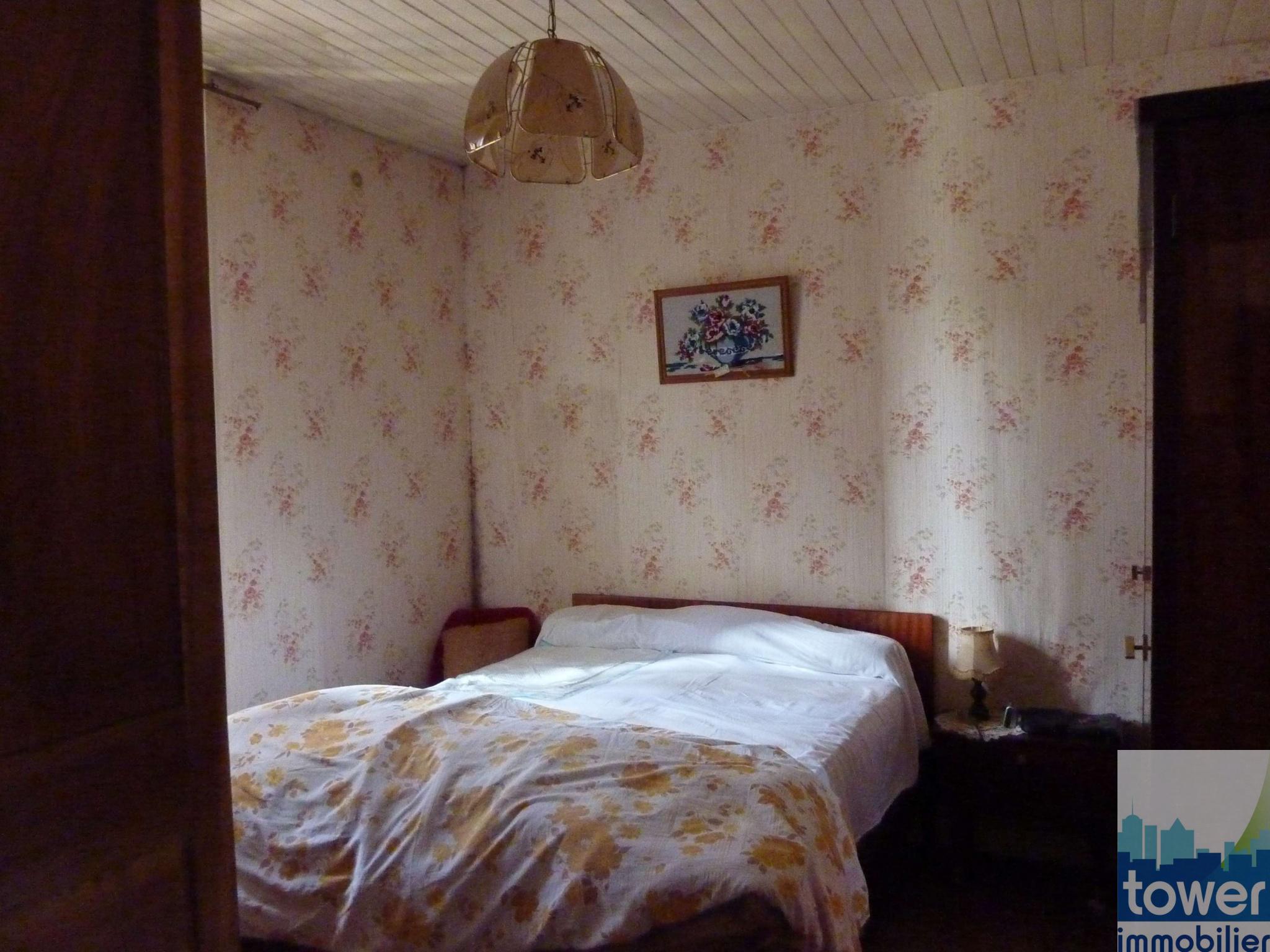 Chambre rez-de-chaussée maison 2