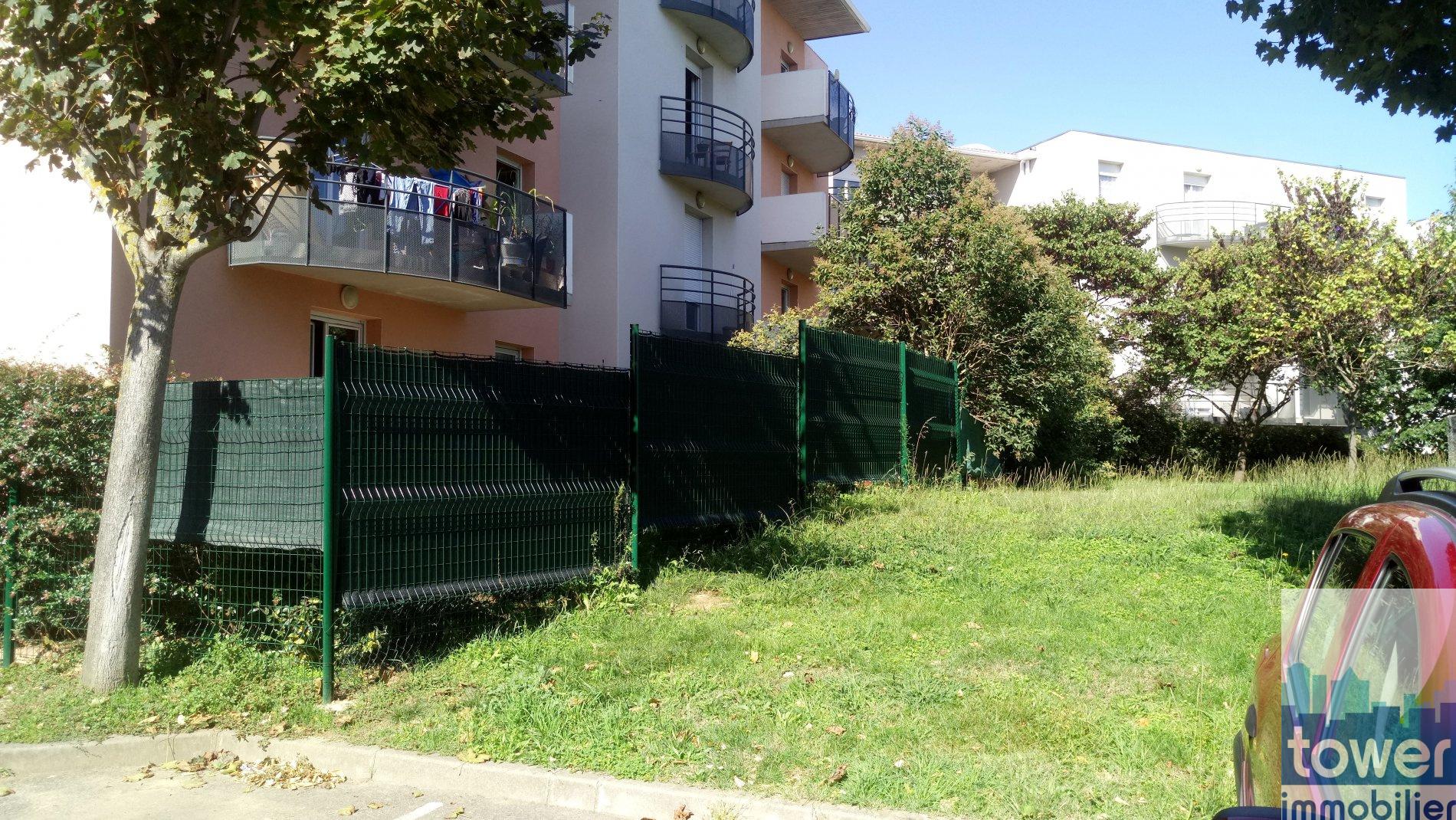 Vente blagnac appartement t1 bis rdc avec jardin for Appartement rdc jardin